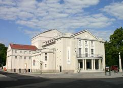 Theater am Olof-Palme-Platz